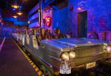 rock-n-roller-coaster-hollywood-studios-car