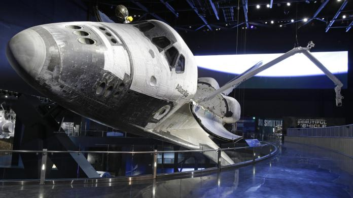 Conheça de perto o Ônibus Espacial Atlantis®