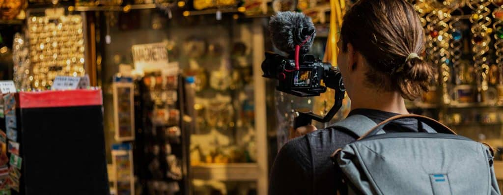 bolsa para viajar e fazer um filme world nomads partiu intercambio