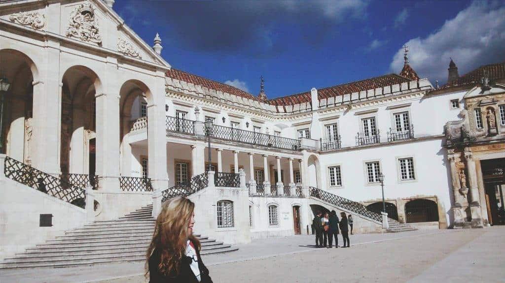fazer faculdade em Portugal universidade de coimbra rebeca avila partiu intercambio2
