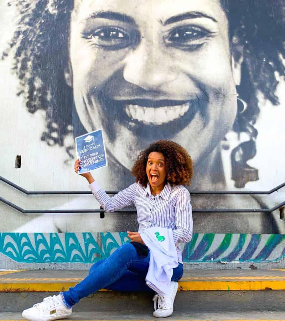 """""""Mulher, negra, criada numa comunidade no RJ"""" e bolsista do Chevening"""