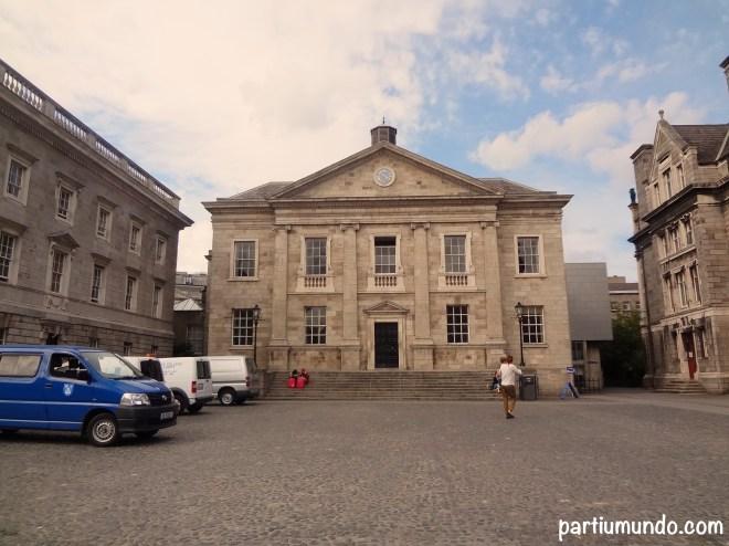 B Trinity College 1