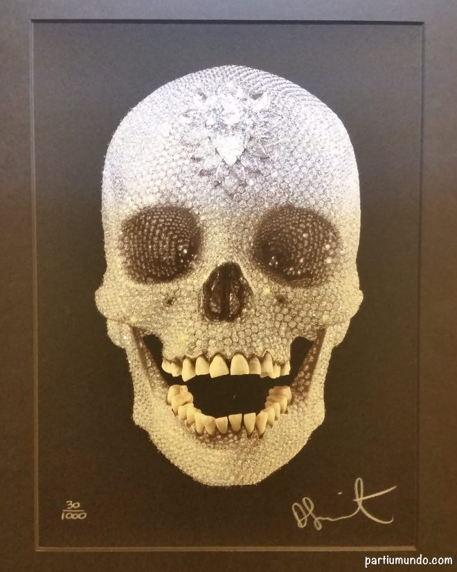 """""""For the Love of God"""" by Damien Hirst (8601 diamonds)"""