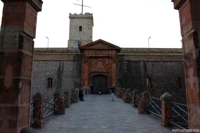 barcelona - montjuic park 14