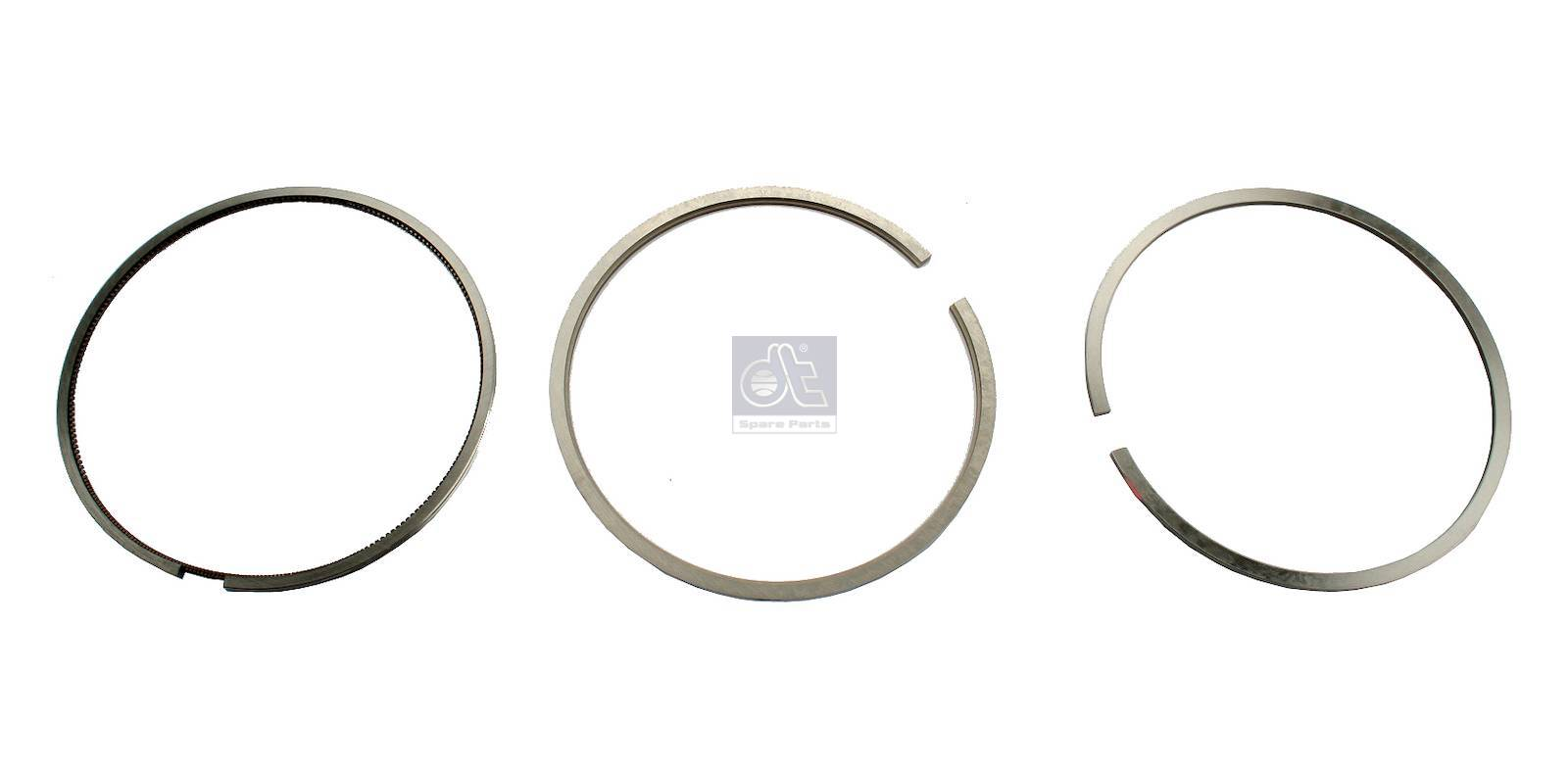 Dt 4 Piston Ring Kit Suitable For