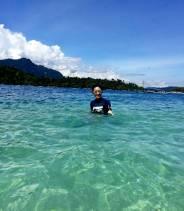 berenang di pulau pagang