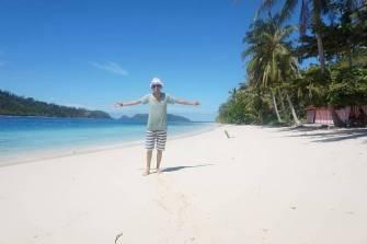 keindahan pantai pulau pagang