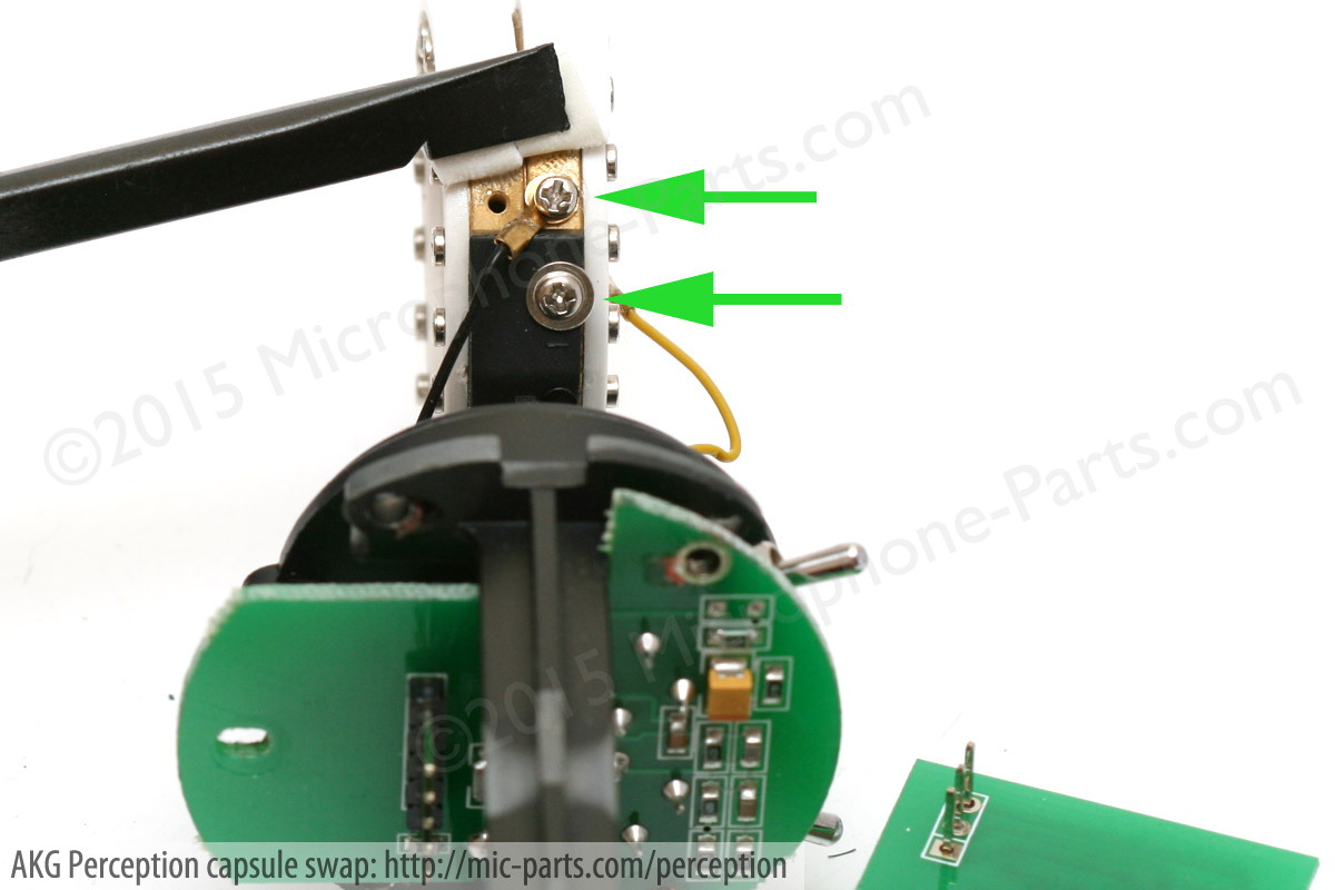 hight resolution of remove the akg microphone capsule