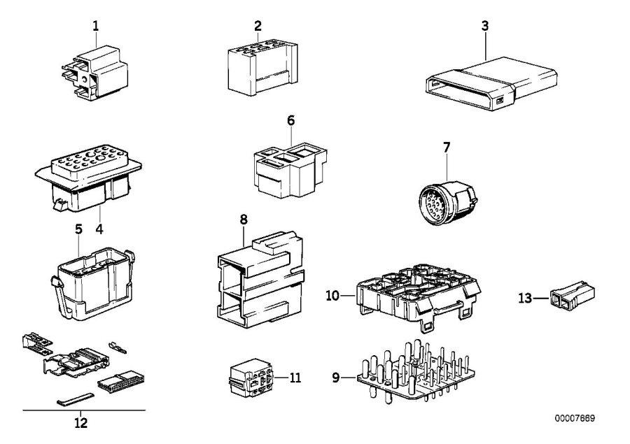 BMW 528e Plug terminal for fuse box. Wiring, electrical