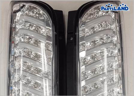 LEDテールランプ 350キャラバン用| ガレージオフ 秦野店