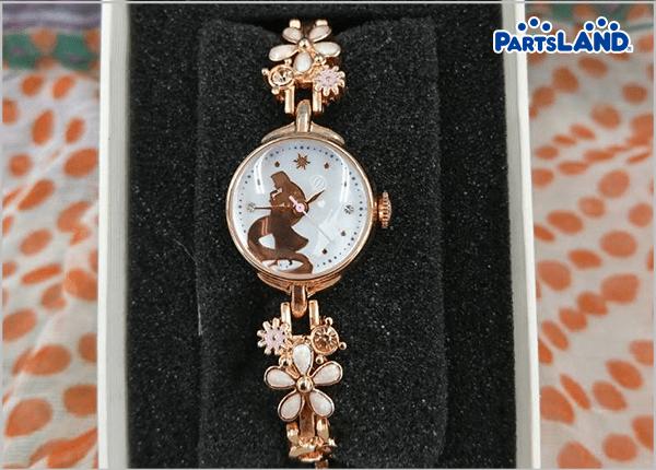 腕にこんなに可愛い時計?!| オフハウス 秦野店