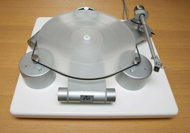 Rumored pre-production model of new Audio Note TT-3 (Half?) turntable.