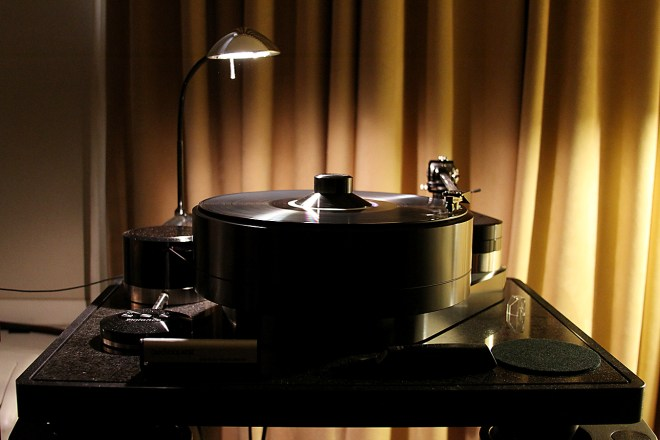 The Brinkman Balance is a gorgeous table that provides an incredible foundation for music