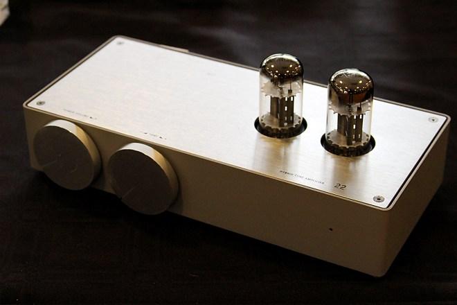 22 (tu:tu) Hybrid amp