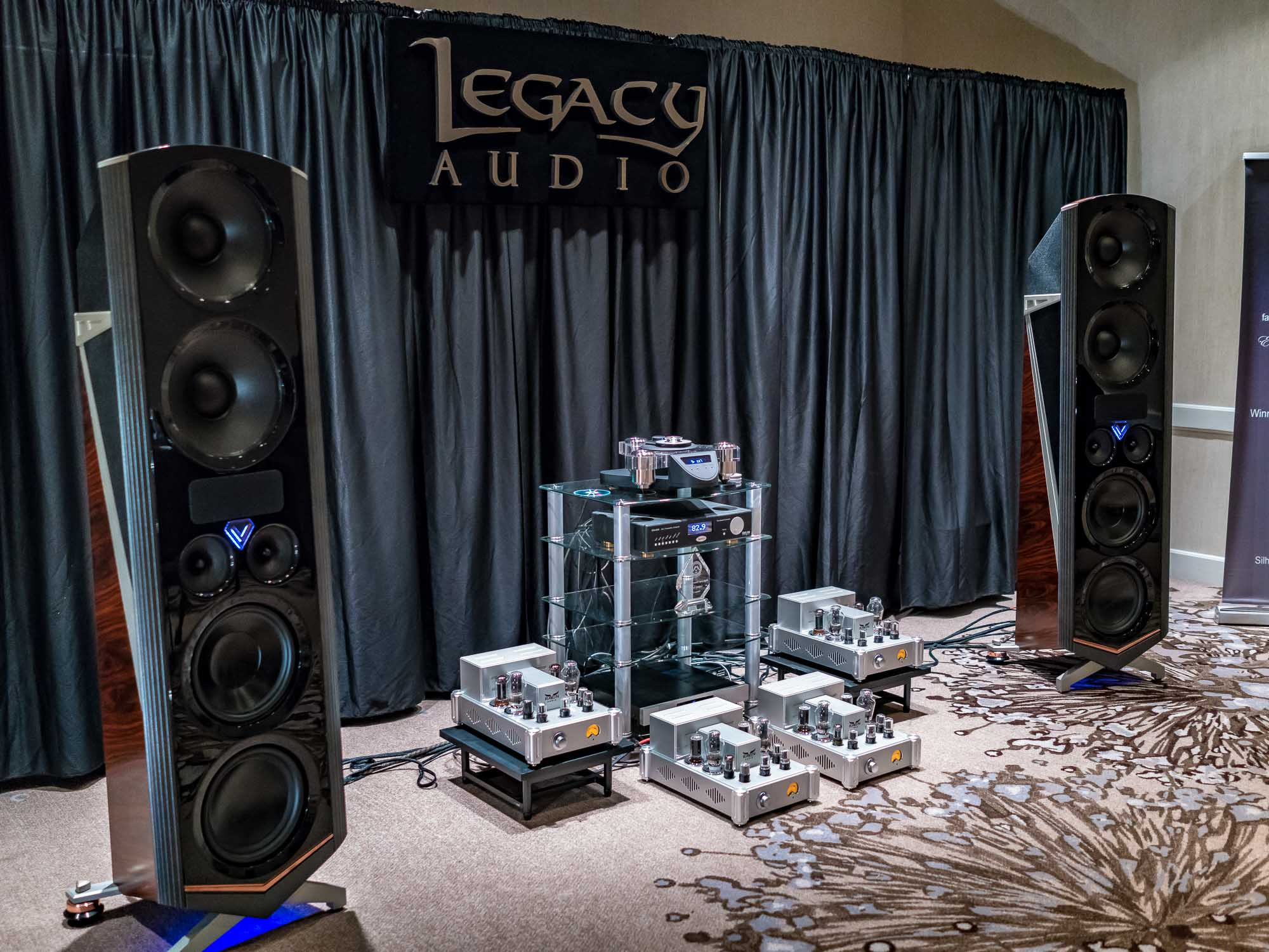 Axpona 2016 Legacy Wins Out In Catfight Part Time Audiophile 12 Inch Subwoofer 01171