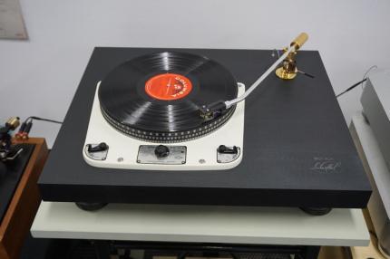DSC02215 (Copy)
