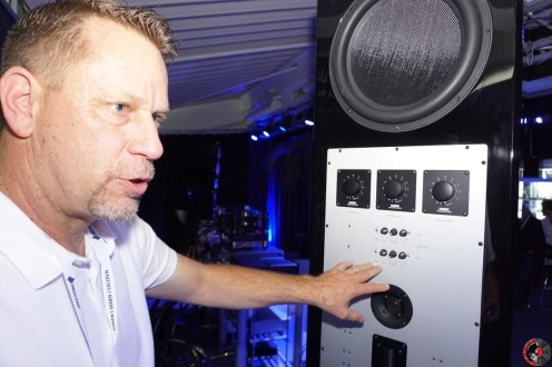 Leif explaining details about Fostex autoformers