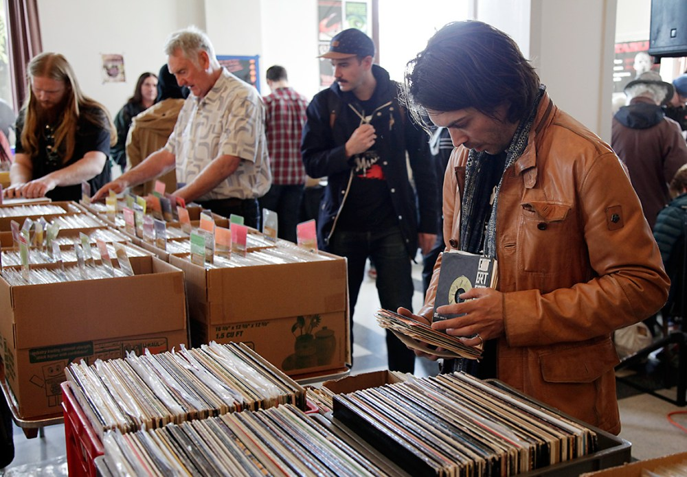 Vinyl-Sales2017