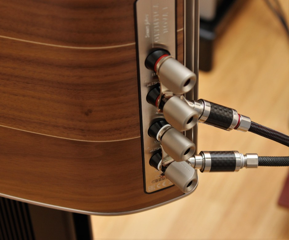 Massive binding posts on the Olympica Nova from Sonus Faber