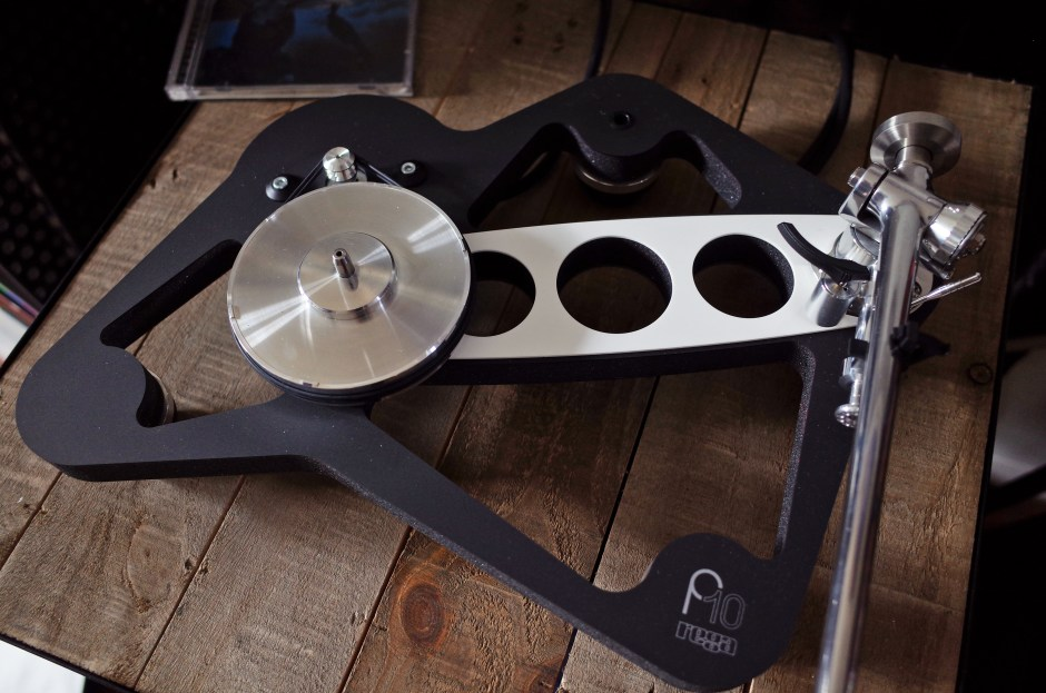 Rega P10 carriage