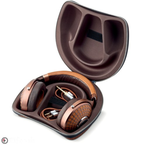stellia-headphones_carrying-case