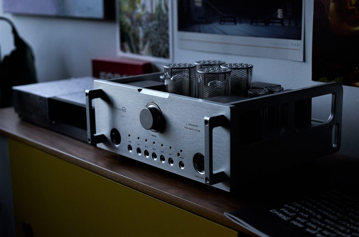 Allnic Audio L-8000 DHT Preamplifier | REVIEW