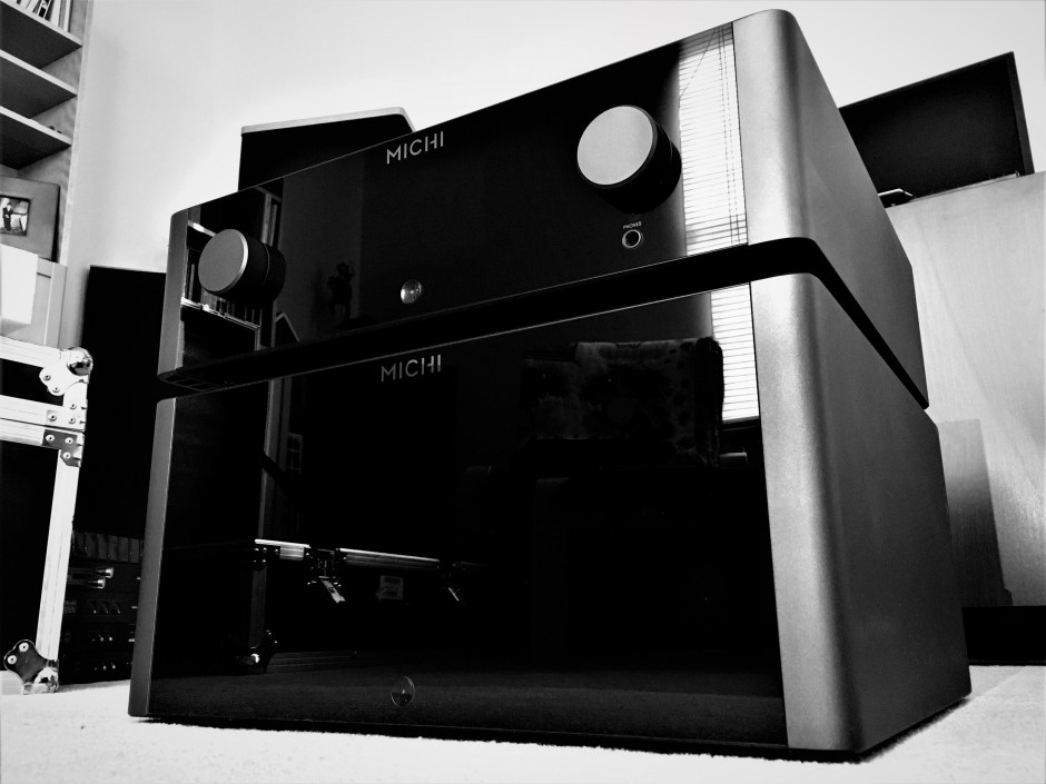 Rotel Michi P5 preamplifier and S5 power amplifier