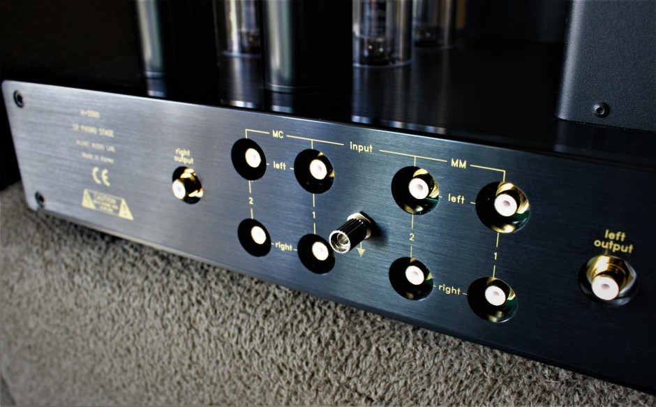 back panel of allnic audio h-5500