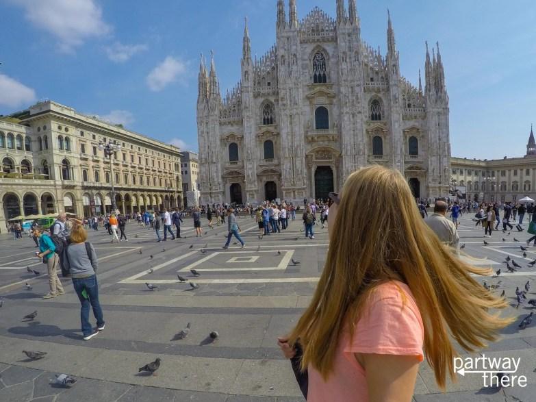 Amanda Plewes in front of Milan Duomo