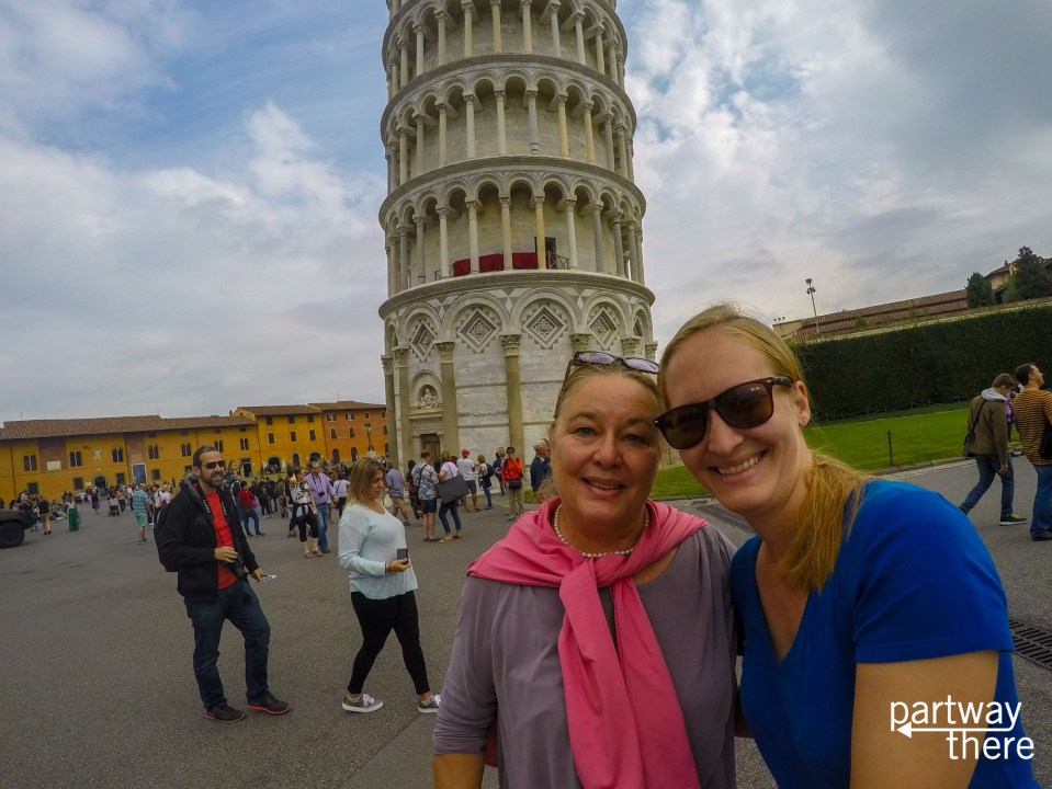 Amanda Plewes and Donna Plewes in front of Leaning Tower of Pisa