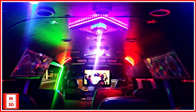 singapore party limobus