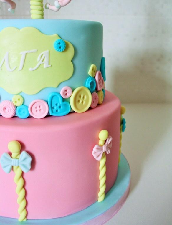 Cakes By Samantha Carouel Cake Τουρτα Καρουσέλ Σαμάνθα ιδεες για τουρτα Καλουπια κουμπια