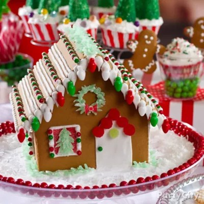 Snowy Gingerbread House Idea Christmas Treats To Make The Season
