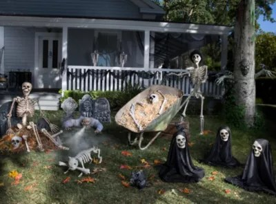 Haunted House Yard Ideas Halloween Party Ideas Holiday Party