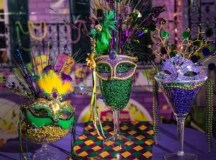 Mardi Gras Beads Display Idea - Mardi Gras Decorating ...