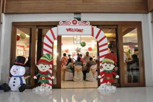 Andres and Abigail's Santa's Workshop Themed Party – 1st Birthday