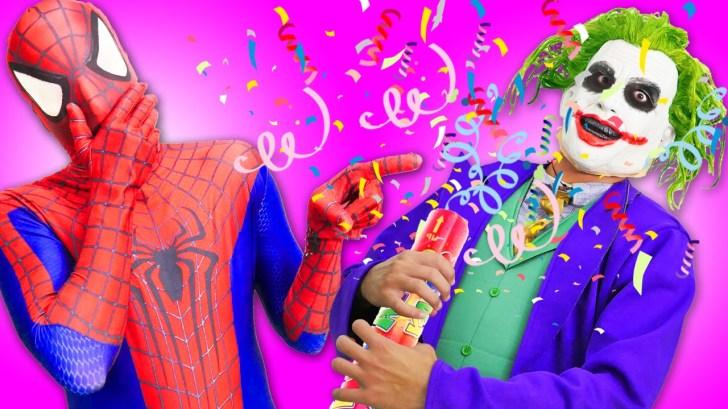 Spiderman-Frozen-Elsa-vs-Fail-Joker-Pranks-Superman-Bubble-Gum-in-Real-Life-Superheroes