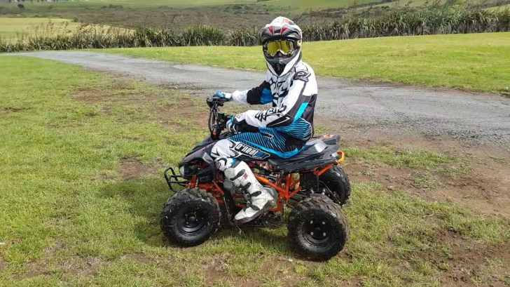 Action-Video-NEW-Warrior-ATV-110cc-with-Reverse-Gear