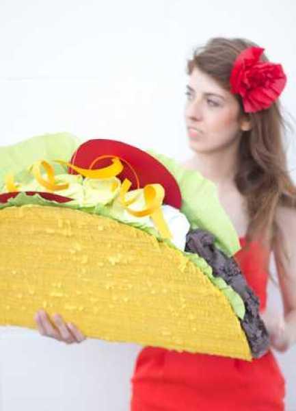 Taco-Pinata-DIY1