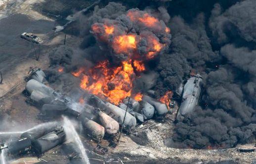 Lac-Megantic-Oil-Fire