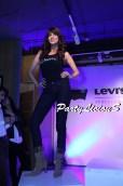 Maha_Levi's Curve ID Show