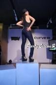 Saima Azhar_Levi's Curve ID Show 2