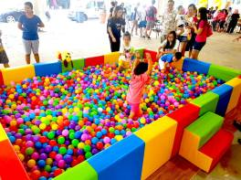Large Ball Pit