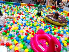 Ball Pit with Floats Rental