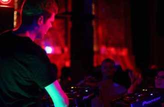 2009.09-Gregor-Tresher-Tourtagebuch-Compression_LA_USA_5