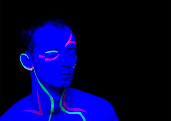 Felix Kröcher Schwarzlicht DJ Techno