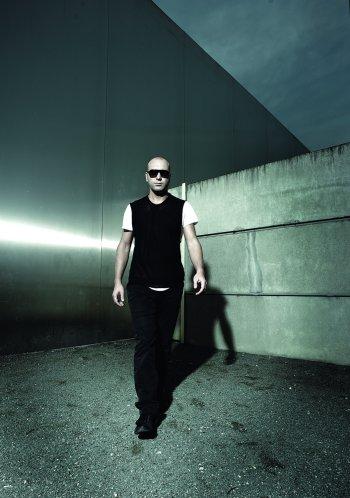 "Marco Carola Techno DJ präsentiert sein Album ""Play it Loud!"""