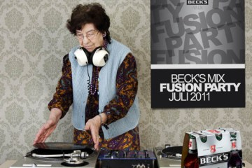 Oma Grandma DJing Djane Mixing with Beer and Ninyl