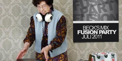 Oma Grandma DJing Djane Mixing with Beer and Ninyl