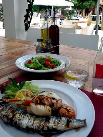 Como Ibiza Santa Gertudis Fusion Food bar Lounge Restaurant